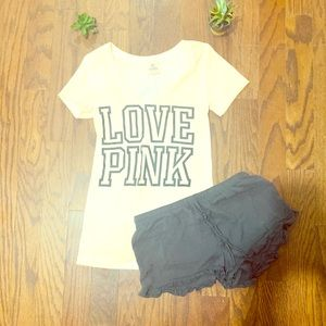 PINK vneck faded look & Forever 21 shorts XS/S